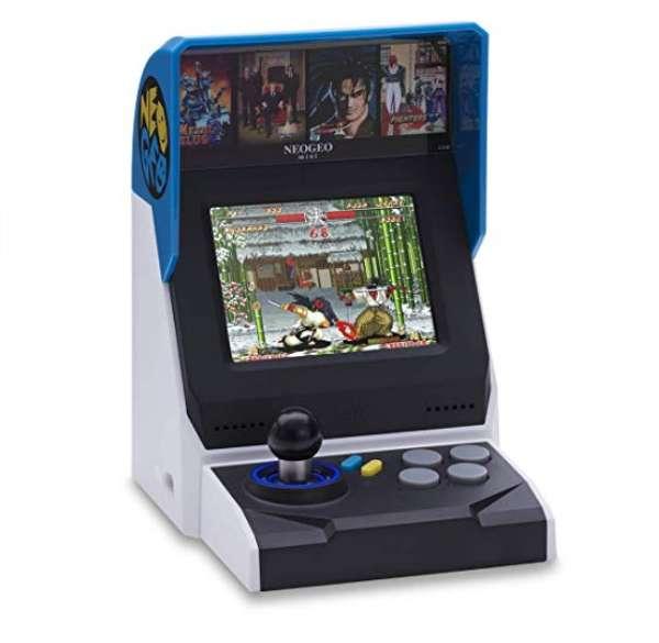 76,90€ la console retro NEO GEO Mini