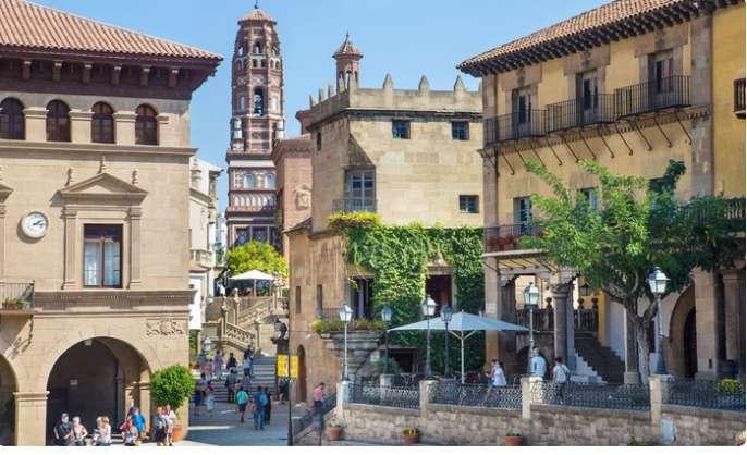 Village Espagnol Barcelone .. Billets à prix réduits sur Groupon