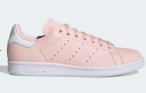Moins de 50€ les adidas Stan smith Femmes